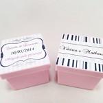 Caixinhas de acrilico personalizadas para lembrancinhas de casamento