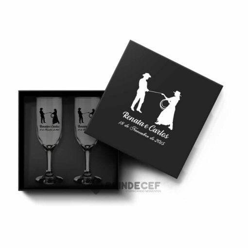 Kit de Lembrancinha para casamento - caixa MDF com 2 taças personalizadas